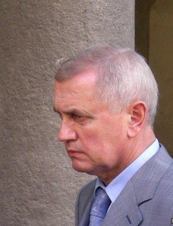 В Суворовском районе Одессы охранник «смотрящего» Ивана Ивановича баллотируется в парламент под лозунгом Ельцина