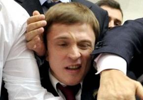 Олесь Довгый ушел от Лени-Космоса и теперь идет в нардепы