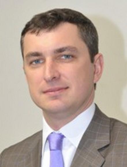 Батьки головного податківця Білоуса наживаються на земельних схемах у Тернополі