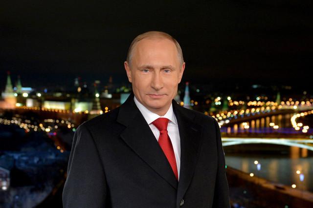 Впервые за 20 лет. Ни один белорусский телеканал не показал новогоднее поздравление Путина
