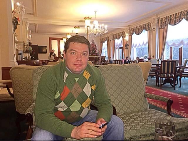 Орловский губернатор ест фуа-гра, пока в его области отменяют электрички