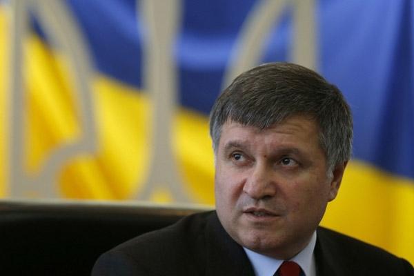 Луценко против Авакова: чья полиция победит?