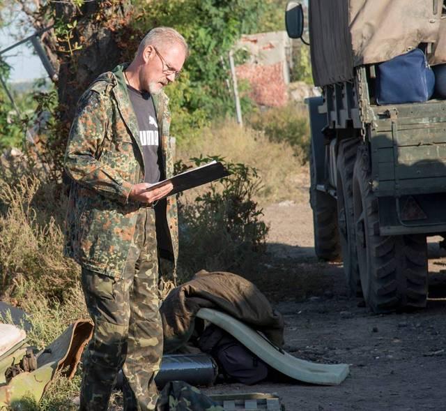 Репост! Підполковник АТО відправляє волонтерку посилками додому