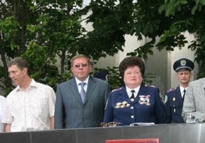 Почетный гость. Душительницу херсонского Майдана пригласили на присягу курсантов МВД