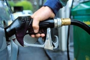 Сюрприз: стало известно, откуда в Украину завозят бензин