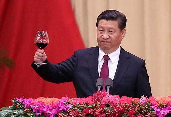 Си Цзиньпин запретил членам Компартии иметь любовниц