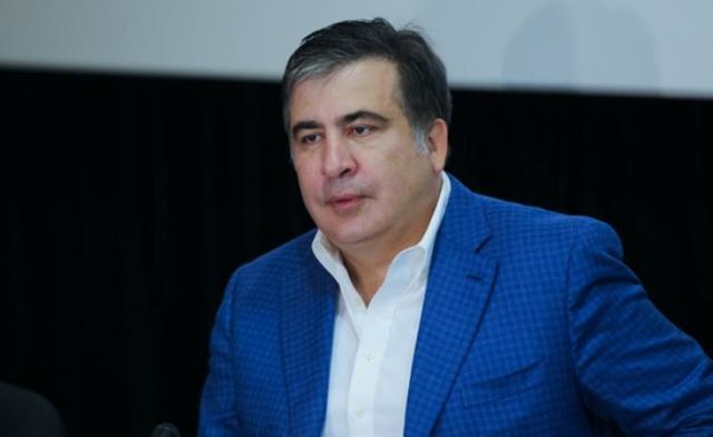 """Саакашвили уходит в отставку, чтобы начать """"новый этап"""""""