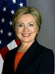 Клинтон досрочно лидирует в трех ключевых штатах