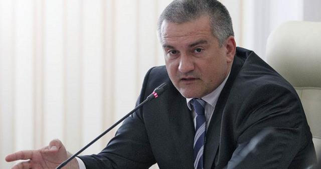 «Палкой по спине, как минимум». Аксёнов приказал ОМОНу разогнать мелких предпринимателей в Бахчисарае