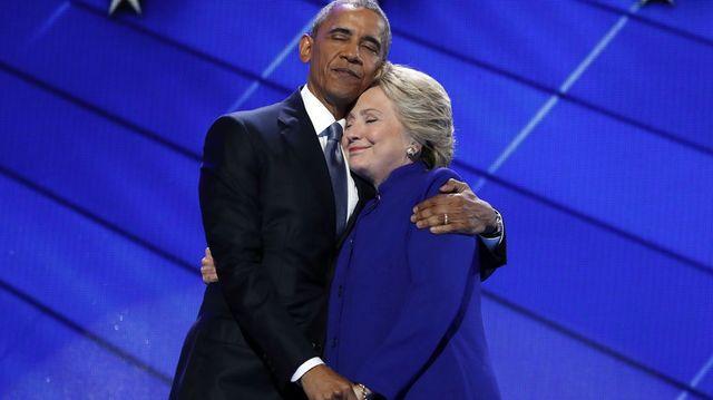 Клинтон признала поражение под нажимом Обамы
