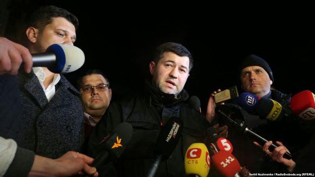 Насиров до сих пор не сдал свой британский паспорт