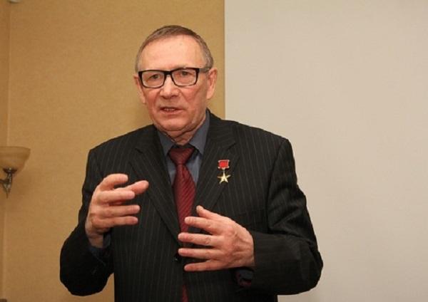 Экс-депутат Госдумы «поблагодарил» Путина за освобождение Тимченко, Ротенберга и Сечина от налогов