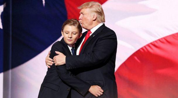 Сын Трампа устроит праздник для друзей в Белом Доме