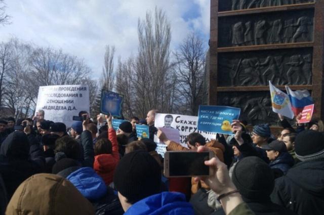 Участников антикоррупционной акции в Чебоксарах увольняют с работы и отчисляют из вуза