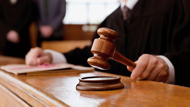 Верховный суд Украины приравнял матерщину чиновников к измене Присяге