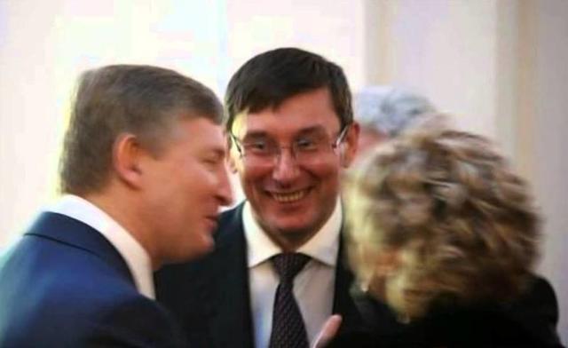 Годы идут, а Луценко все так же вымогает шестизначные суммы: раньше – у Ахметова, теперь – у Кауфмана