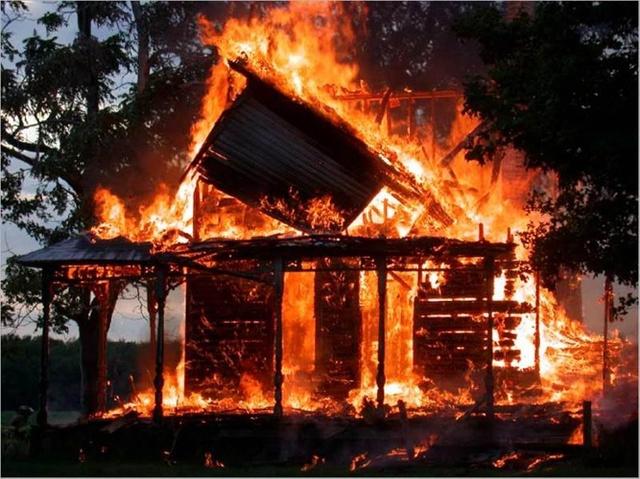 Петербуржец сжег целую деревню из-за новостей о теракте