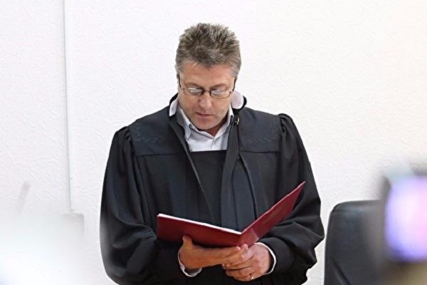 Судьи просят освободить их от чтения полных приговоров