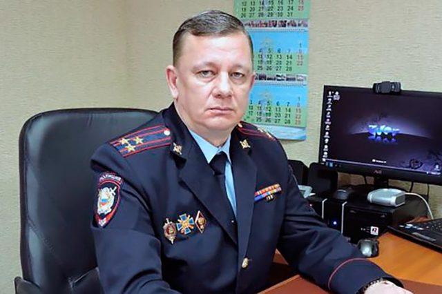 Начальника полиции города в ХМАО задержали за дачу взятки