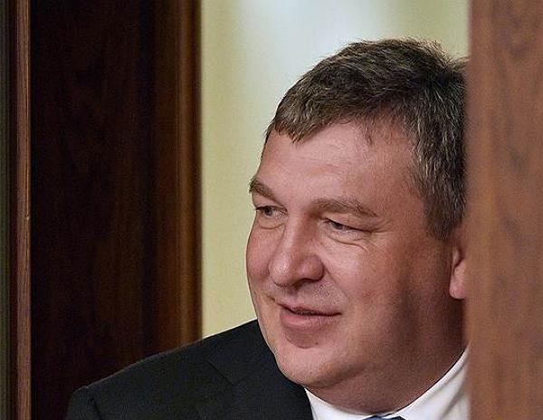 Вице-губернатор Албин намухлевал с ДТП