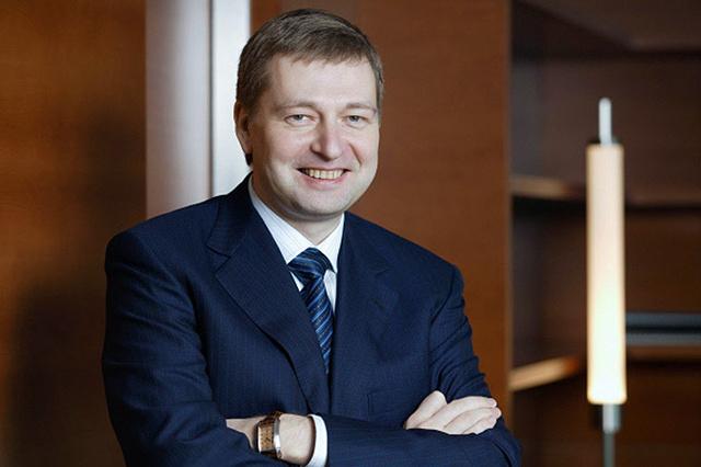 Российского миллиардера Дмитрия Рыболовлева попросили не появляться в Монако