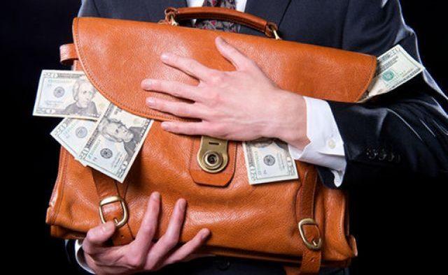 Как Хомутынник и Прузовский с помощью липовых активистов и продажных журналистов обворовывают бюджет Украины