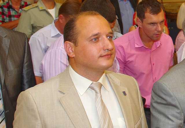 Одесскими штабами «Слуги народа» руководит одиозный чиновник времен Януковича, отправлявший титушек на Майдан