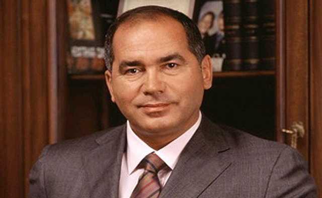 Фархад Ахмедов устроил кризис на рынке «стервятников»