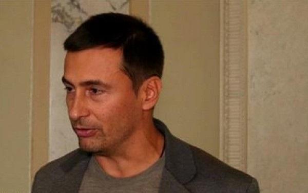 Суд отправил экс-нардепа Ищенко под ночной домашний арест