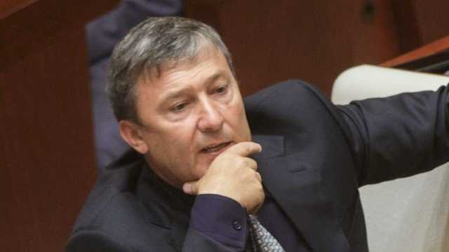 """""""Кошелек"""" Минниханова набивает финансовое брюхо?"""