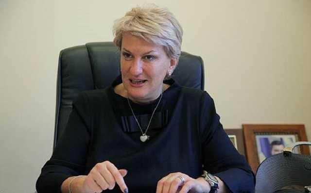 Одиозная чиновница Кличко Людмила Денисюк присвоила 5 миллионов долларов и угрожает кредиторам бандитами