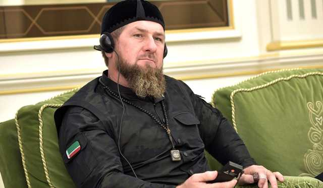 «То, что нормально для Чечни, станет проблемой в Москве». Статья о «зачистках» может сломать карьеру Кадырову