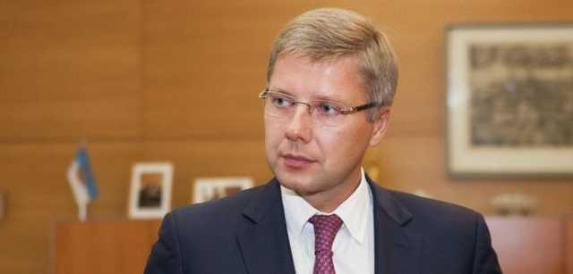 """Депутат Европарламента Нил Ушаков ликвидирует общество """"Tava Rīga"""""""
