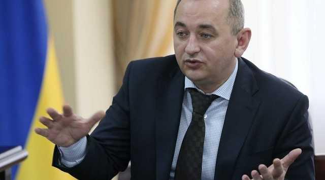 Экс-военный прокурор Анатолий Матиос улетел из Украины и с матом прокомментировал сообщения об этом в соцсетях