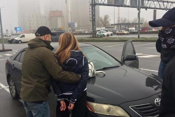 На Киевщине женщина наняла киллера для любовницы мужа