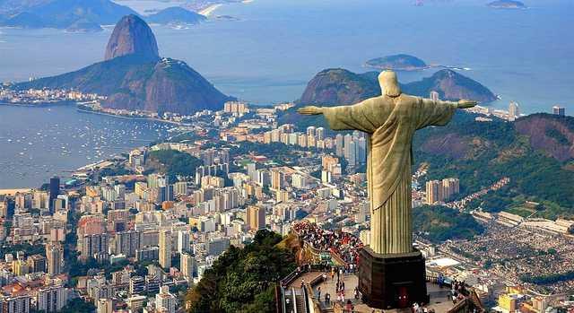 «Это хаос»: Бразильский реал рухнул до исторического минимума