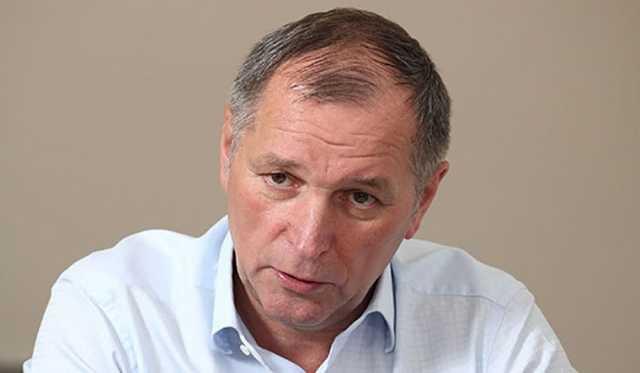 Южноуральский олигарх заявил, что платит своим рабочим больше 100 тысяч рублей. Сами сотрудники это опровергают