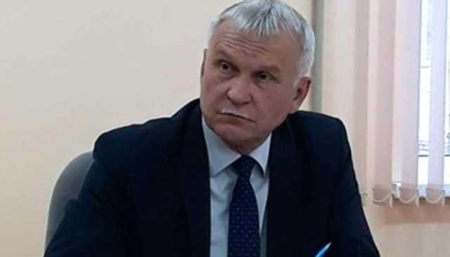 Глава муниципалитета обозвал «ушлепком» и «нищебродом» депутата, который захотел снизить ему зарплату