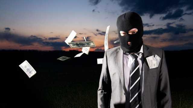 Адвокат возглавлял группу преступников, которая убивала людей и занималась рейдерством