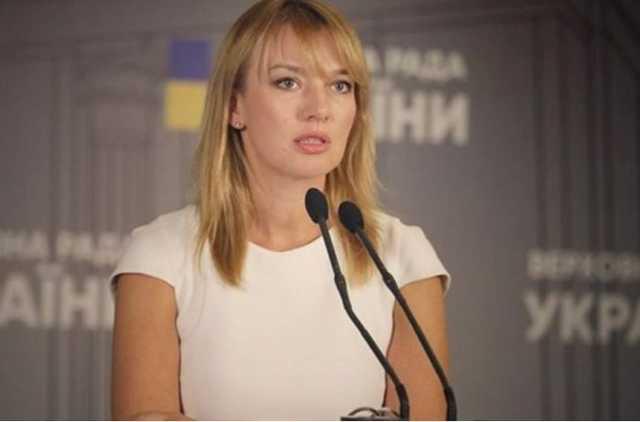Почему нардеп Елена Шуляк осталась без кресла министра развития территорий и громад