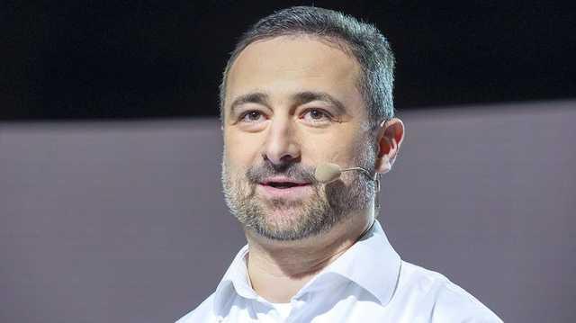Глава «Укрпошты» Смелянский похвастался зарплатой в 836 000 гривен и отругал «дешевых менеджеров»