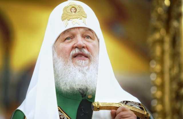 Скандальный священник объяснил наличие дорогих часов у патриарха Кирилла
