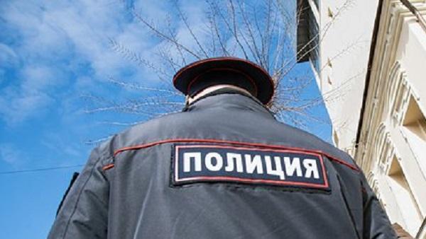 В Москве изолировали полицейского после контакта с зараженным коронавирусом