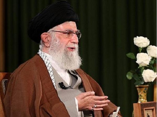 Духовный лидер Ирана обвинил США в создании особого штамма коронавируса – смертельного для иранцев