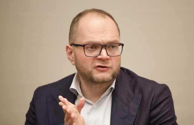 """У экс-министра Бородянского внезапно обнаружились """"люксовые"""" авто и миллионы евро на счету"""
