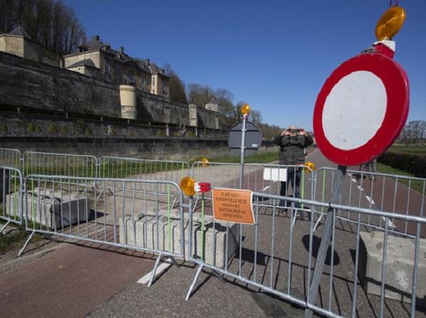 Из-за коронавируса в Нидерландах наступил хаос: никто никому не помогает