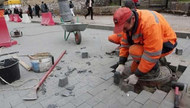 «Пир во время чумы». Власти Москвы заменят плитку на 12 млрд рублей на фоне пандемии