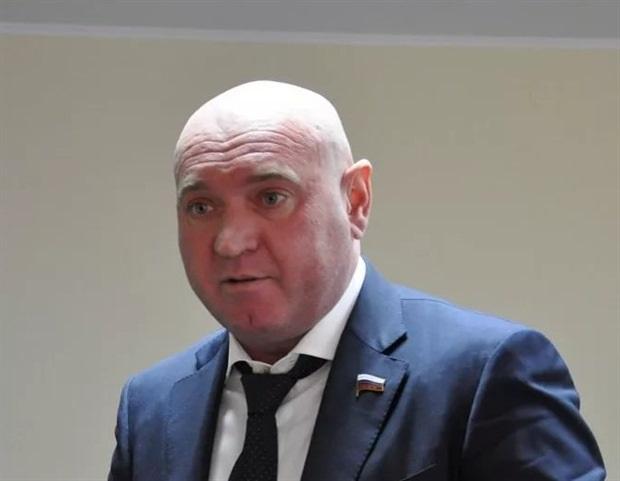 Депутат Натаров: амбициозный «жириновец» оказался нарушителем карантина
