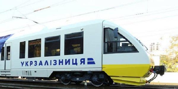«Укрзализныця» сделала большую закупку респираторов по вдвое завышенной цене