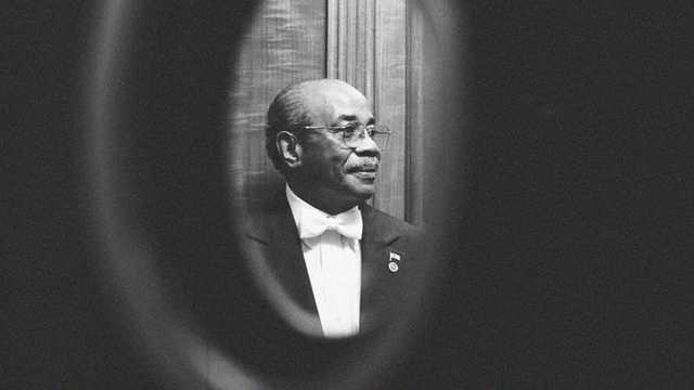 От коронавируса умер бывший дворецкий Белого дома, который работал при 11 президентах США